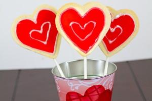 Valentines Day Cookie Pops-1-2