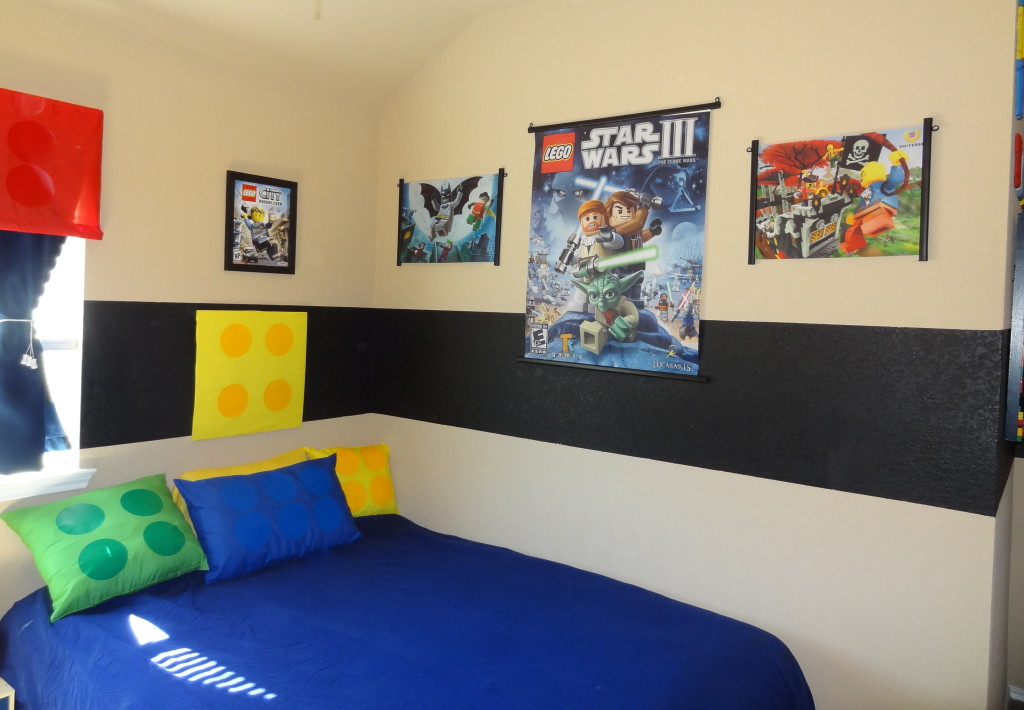 How to make a fabulous diy lego room for Room decor websites