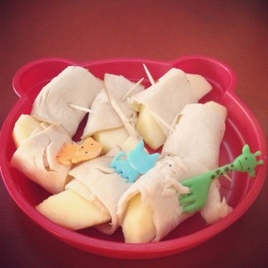 Gluten free dairy free lunch or snack: turkey and apple roll-ups | Dallas Moms Blog