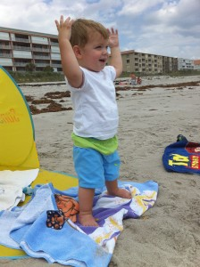 Ahhh...to have his body confidence at the beach!