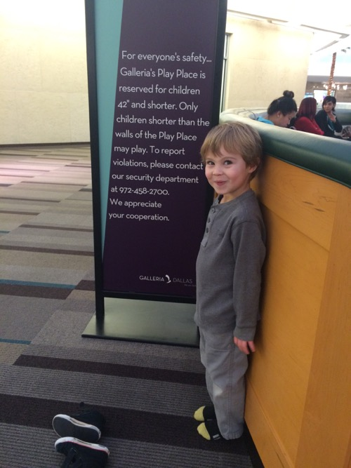 Big Kids in the mall play area: I called security | Dallas Moms Blog