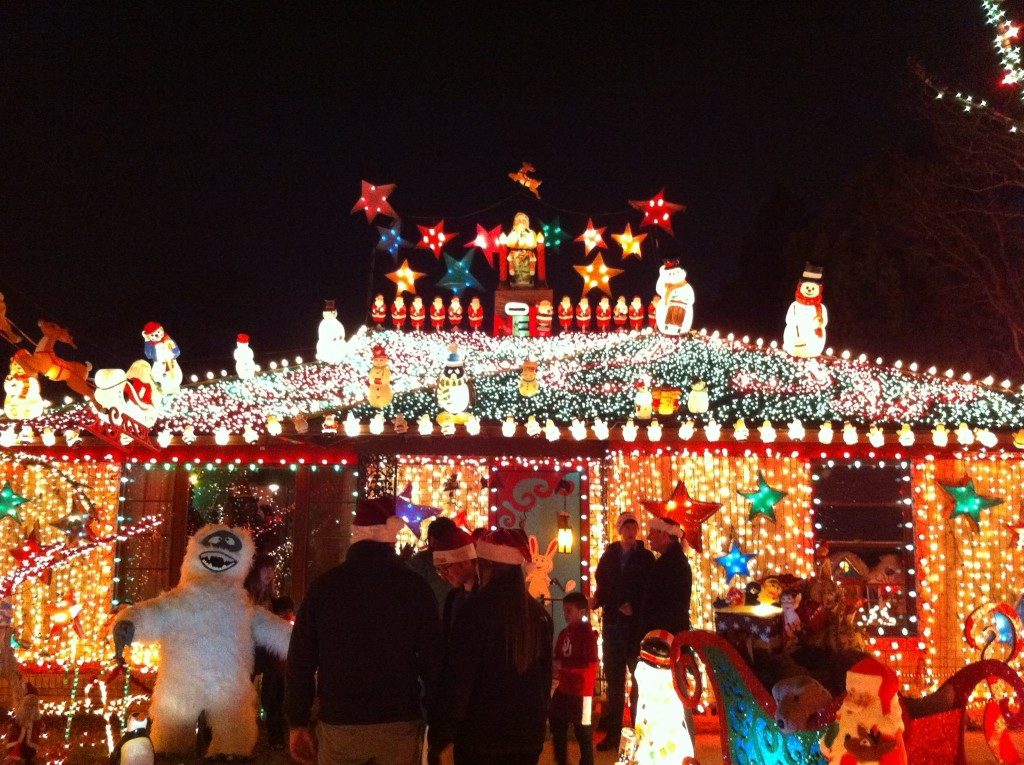 12322540_10205035561838037_6866922706404957674_o - Best Christmas Lights In Dallas
