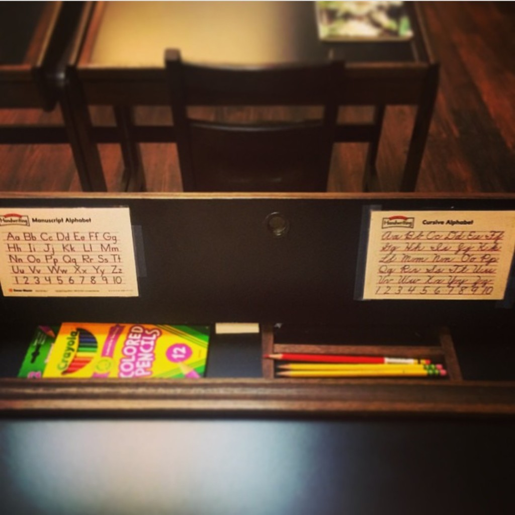 classical education, flip top desk, dallas moms blog, cursive