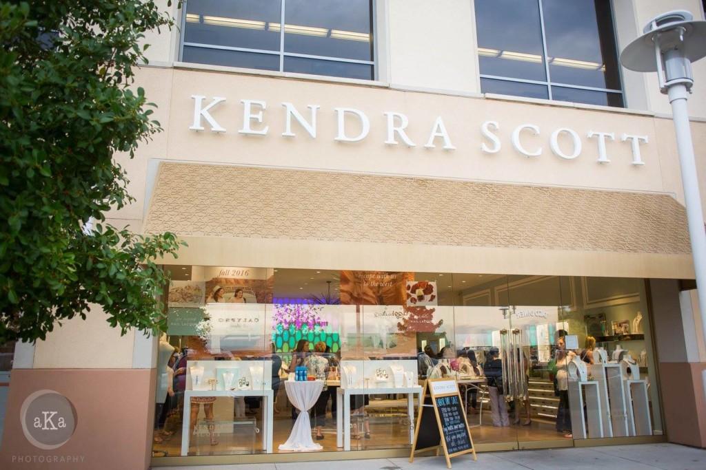 Kendra Scott, The Plaza at Preston Center, Dallas Moms Blog