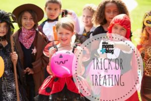 featured-image-trick-or-treating-dallas-moms-blog