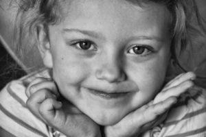 child-1576882_1920