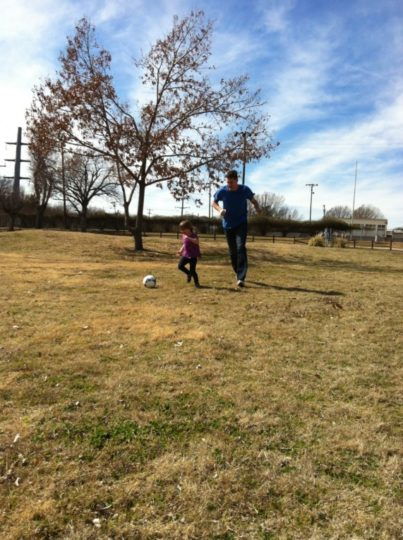 playingsoccer_gabbycullen_ionsports_dallasmomsblog