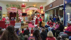 Grapevine Mills Santa