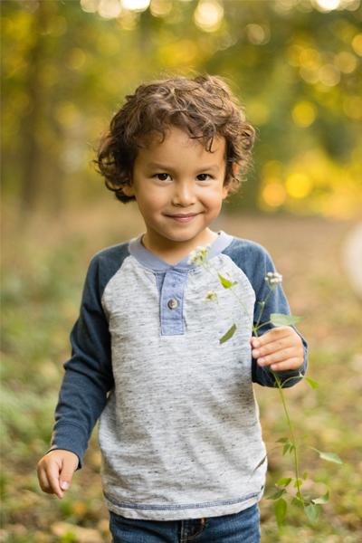 considertheliliesphoto-child-1