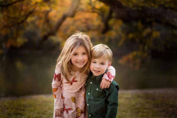 sneak-peek-fall-family-session-lakeside-park-dani-adams-barry-photography
