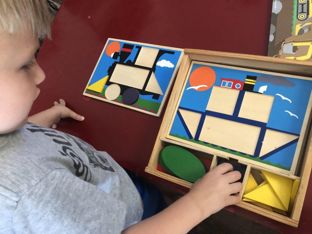 Mellisa & Doug Shapes & Patterns puzzle
