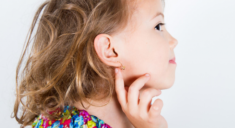 What You Should Know About Your Child's First Ear Piercing